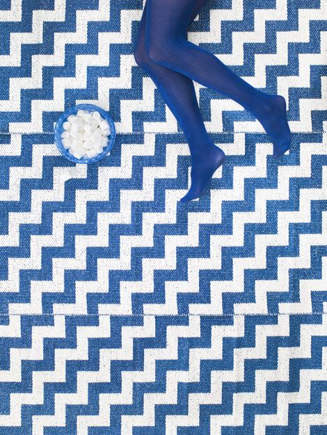 tapijten uit plastiek van brita sweden woonblog. Black Bedroom Furniture Sets. Home Design Ideas