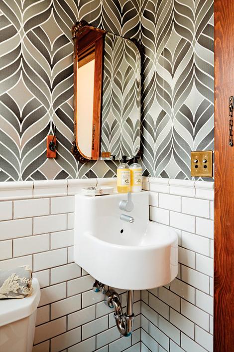 vieze badkamer voegen: naadloze badkamers. kleine badkamer zonder, Badkamer