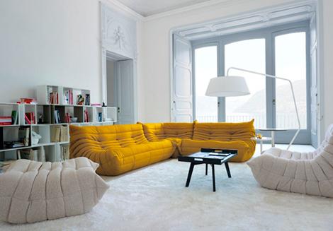 Op zoek naar de ideale zetel het wordt de togo van ligne roset woonblog - Salon togo ligne roset ...