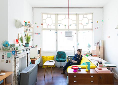 Binnenkijken in een kleurrijk vintage appartement in gent woonblog - Interieur decoratie modern appartement ...