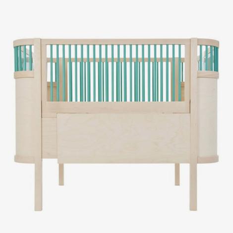 Sebra-kili-turquoise-natural-hout-blauw-grijs-zweeds-babybedje-kilibed-kinderkamer-meegroeibed-wolf-en-wolkje_1024x1024